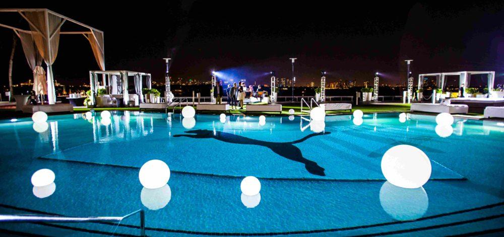 LED glow sphere, Floating LED ball, Floating LED balls, floating LED sphere, LED orb pool, LED globe pool, LED Glow Sphere, LED Light Pool Ball, Pool LED Globe, LED glow spheres rent Miami