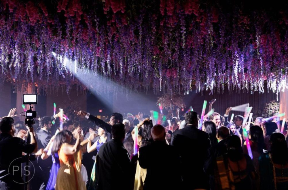 Rent intelligent lighting Fontainebleau Miami wedding