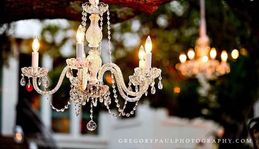 small crystal chandelier for rent in Miami