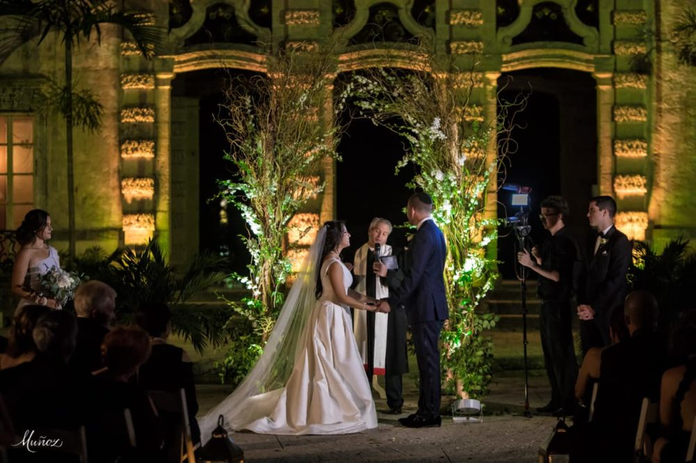 Vizcaya Museum wedding lighting ceremony on the mound